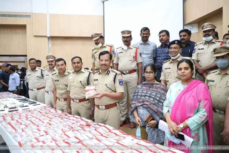 Cyberabad police arrest gang involved in robbery in Muthoot Finance