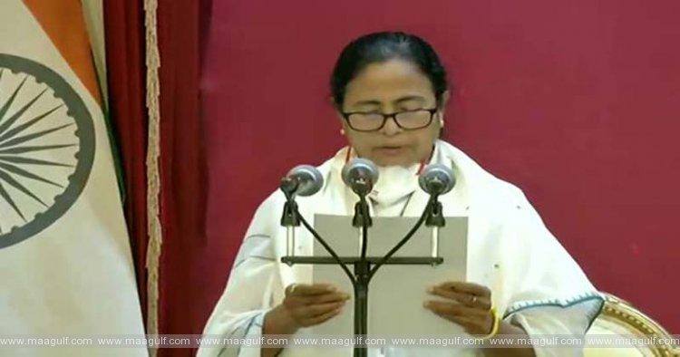 బెంగాల్ ముఖ్యమంత్రిగా మమతా బెనర్జీ ప్రమాణ స్వీకారం